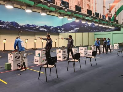 Qatari shooting team arrives in New Delhi for World Cup
