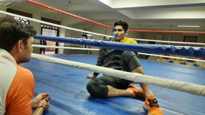 To maintain weight before bout, Vijender goes on liquid diet