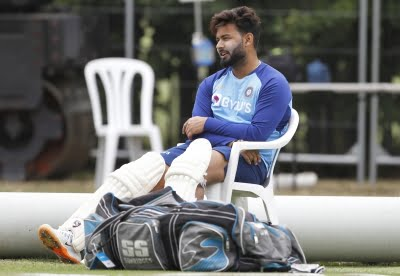 Don't think too much about match-ups: Pant