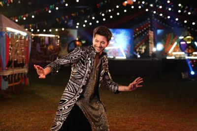 Akasa's 'Shola' video is special for Rohit Saraf