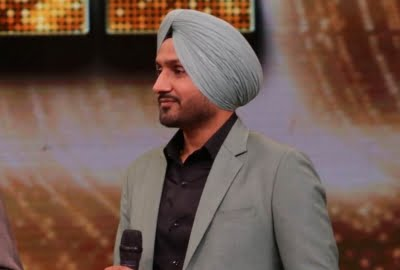 Harbhajan to set up mobile Covid-testing lab in Pune