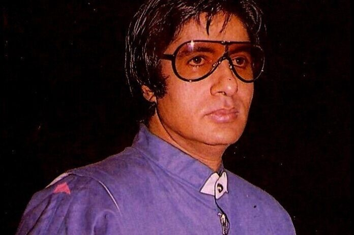 Amitabh Bachchan in throwback retro swagger in sunglasses