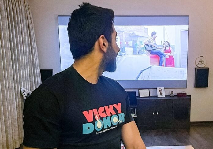Ayushmann Khurrana looks back as debut film 'Vikcy Donor' completes 9 years