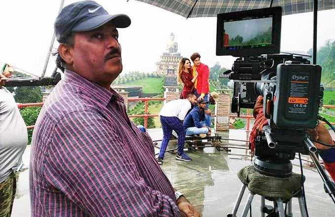 Bollywood mourns the demise of cinematographer Johnny Lal