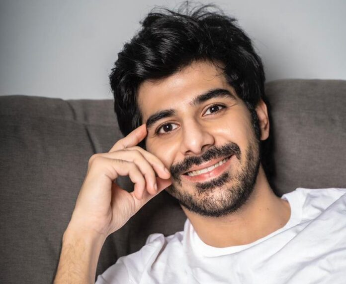 Pavail Gulati to play Amitabh Bachchan's son in 'goodbye'