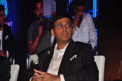 Anand, 4 other GMs to play exhibition matches for Covid relief