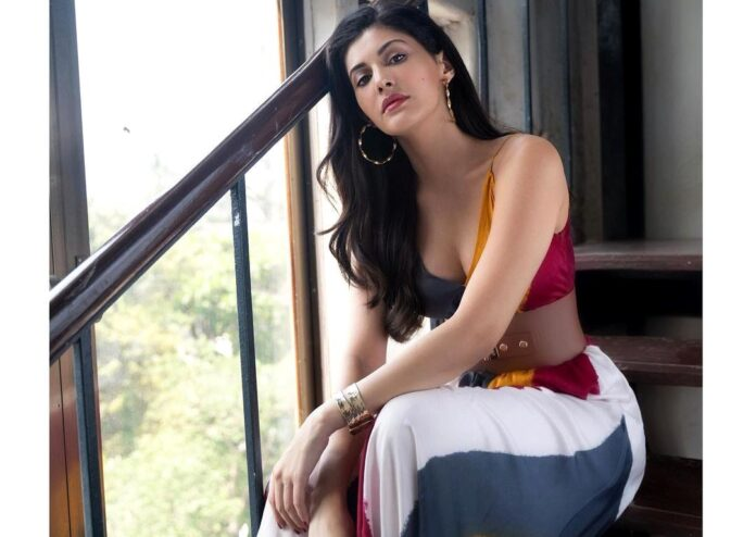 Amyra Dastur: Unaffected by a film not doing well