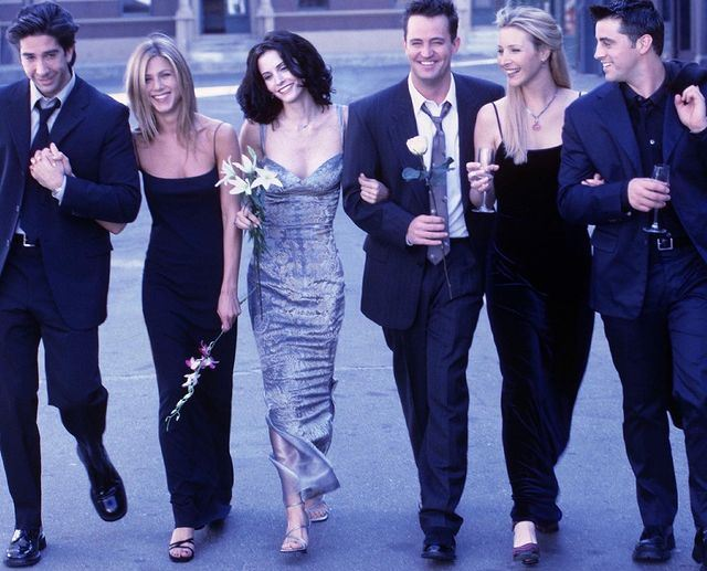 Mumbai Police give 'Friends Reunion' witty spin!