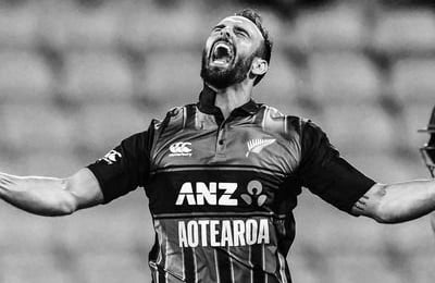 New Zealand offers contracts to Mitchell, Phillips for first time