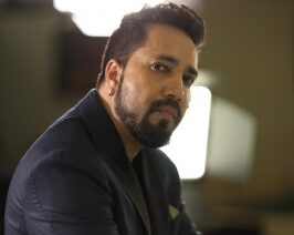 Mika Singh to make a 'unique' song on KRK!?