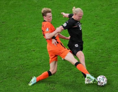 Netherlands see off Austria to reach Euro 2020 last 16