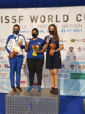 Rahi wins gold in 25m pistol event at World Cup