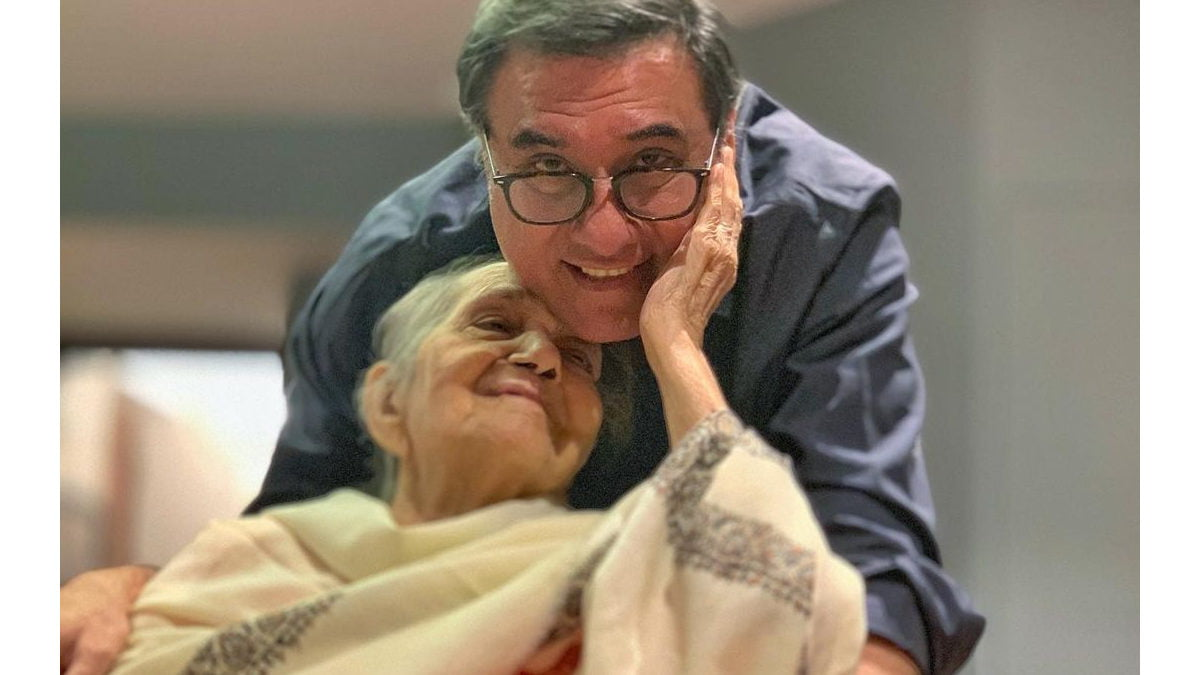 Boman Irani mourns demise of his mother