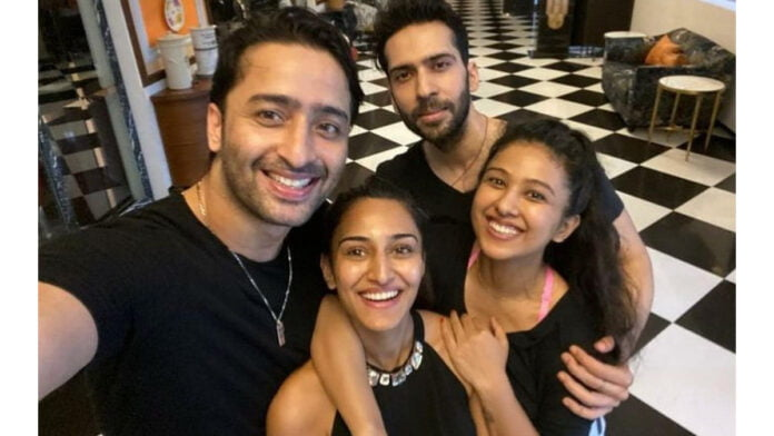 Shaheer Sheikh loves doing this between shots