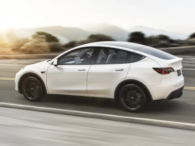 Tesla reduces energy capacity of battery pack in new Model S