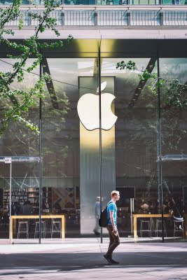 Apple launches limited Search Ads in mainland China