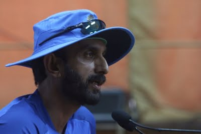 India looking at a score of 250, says batting coach Rathour
