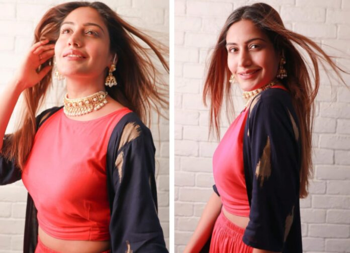 Surbhi Chandna looks like a diva in this stunning peach Indo-western outfit