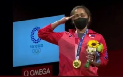 Olympics: Weightlifter Hidilyn breaks Philippines' gold medal drought