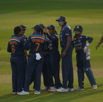 Indian women cricketers need to play more friendly matches (Column: Left-hand view)