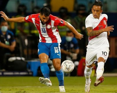 Peru beat Paraguay on penalties to reach Copa semifinals