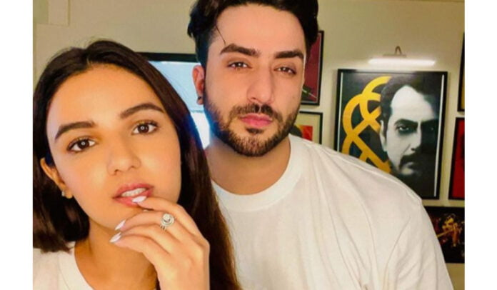 Aly Goni and Jasmin Bhasin treats fans with a selfie twinning in white