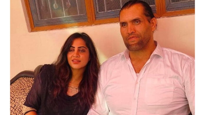 Arshi Khan wants to learn wrestling from The Great Khali