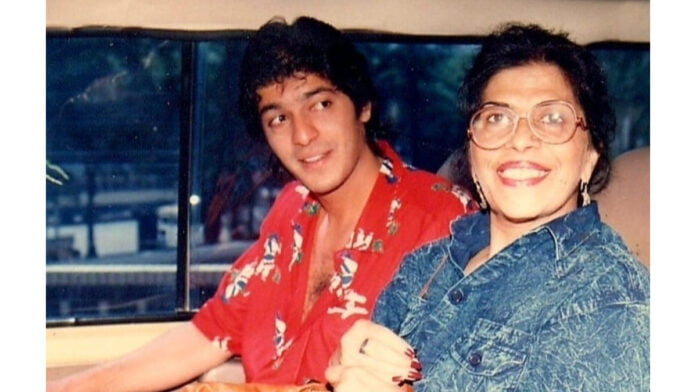 Chunky Pandey pens emotional note for late mother