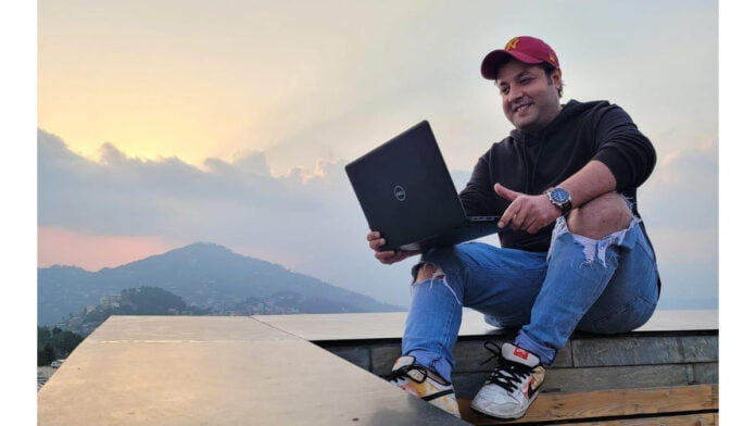Varun Sharma posts 'work from home' images