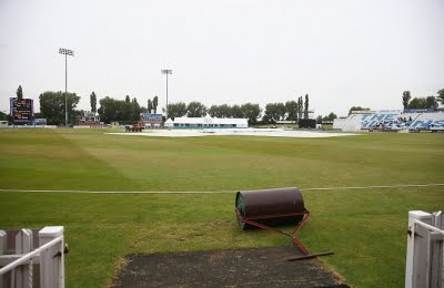Derbyshire-Essex match abandoned after Covid+ case