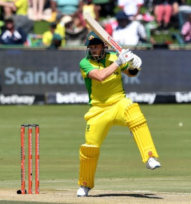 Finch injury scare keeps Australia guessing