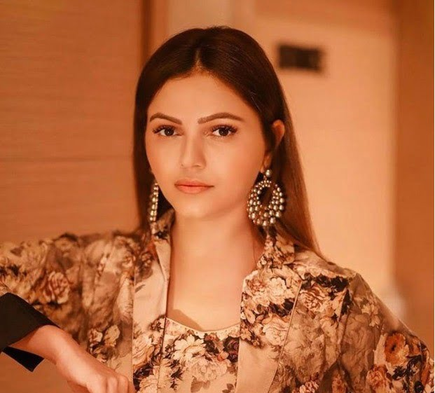 Rubina Dilaik is a diva in printed floral outfit