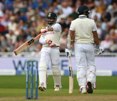1st Test: India take 95-run first innings lead on rain-hit day (Lead)