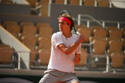 Zverev overcomes Tsitsipas to set up title clash with Rublev