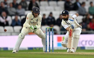 He is not sure whether to play or leave: Hussain on Kohli's struggles