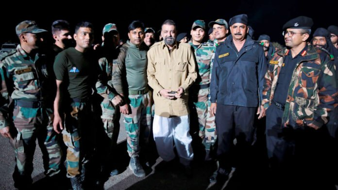Sanjay Dutt meets Indian Army jawaans while shooting