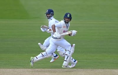 2nd Test: India reach 105/3 at tea on Day 4 against England