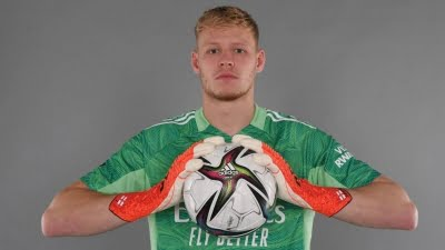 Arsenal sign goalkeeper Aaron Ramsdale on long-term deal