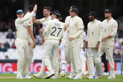 England bowlers were lacking in variation: Vaughan