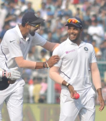 We leaked runs in the middle overs: Umesh Yadav