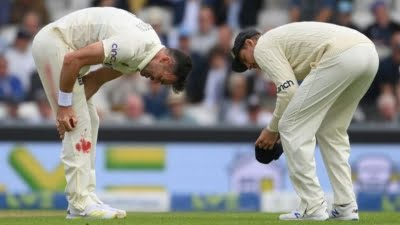 4th Test: James Anderson continues to bowl despite a bleeding knee