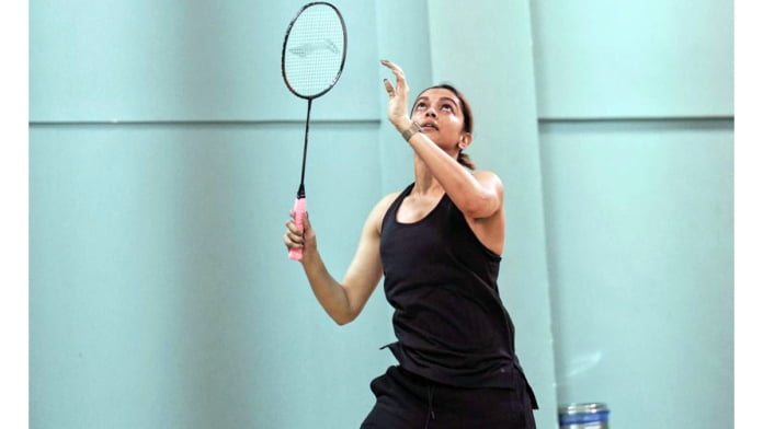 Deepika Padukone shares pics from badminton session with PV Sindhu