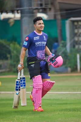 I've been fortunate enough to have spoken to Dhoni a couple of times: Anuj Rawat