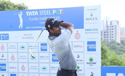 Chandra leads Players Championships with 65 in first round